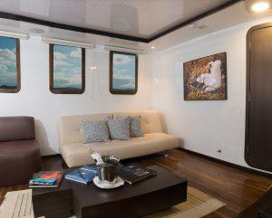cormorant-suite-lounge